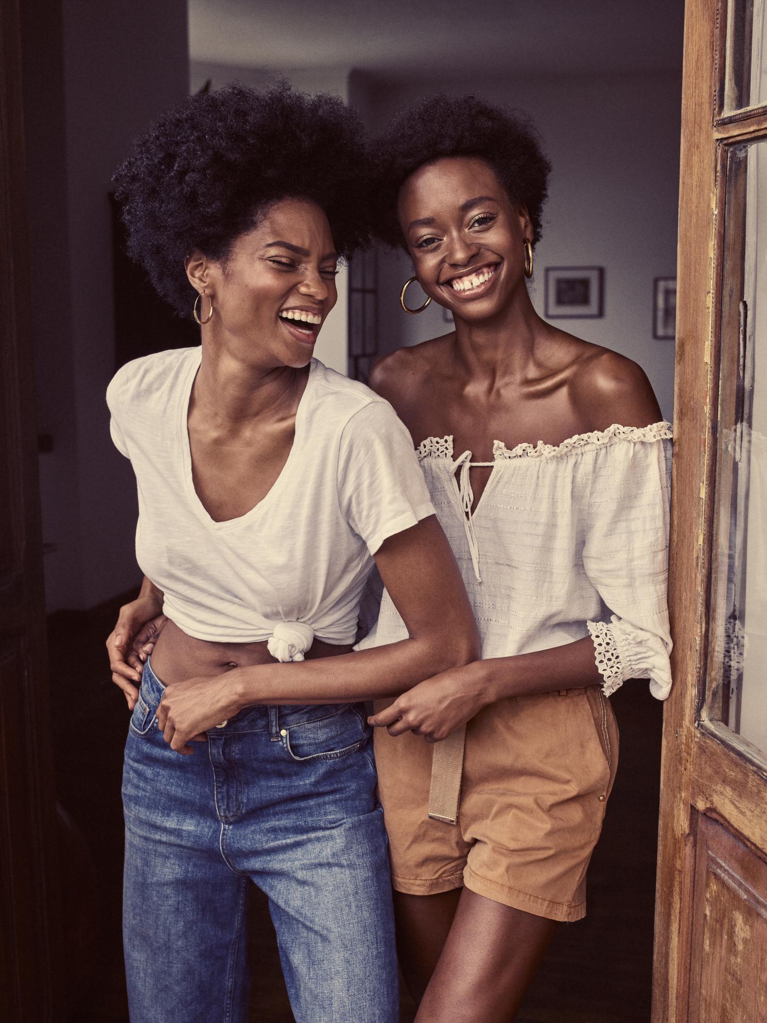 123260 Arden v-neck Tee- 127960 Bailey Turn-up Jeans – 126040 Skylar Vintage Blouse – 127920 Penton Shorts_1