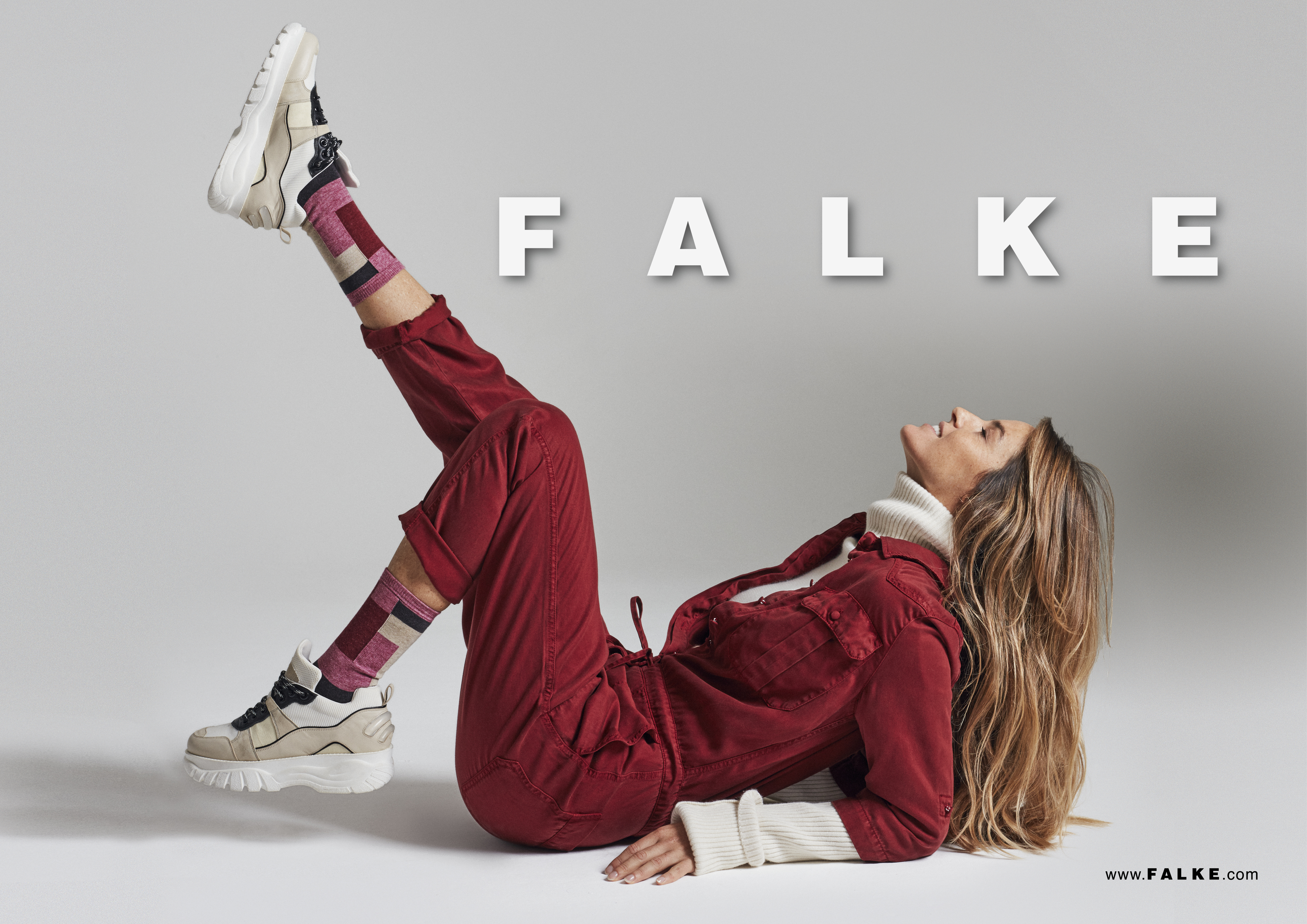 FALKE_fall_winter_2019_original_POS HW19 quer_5-00