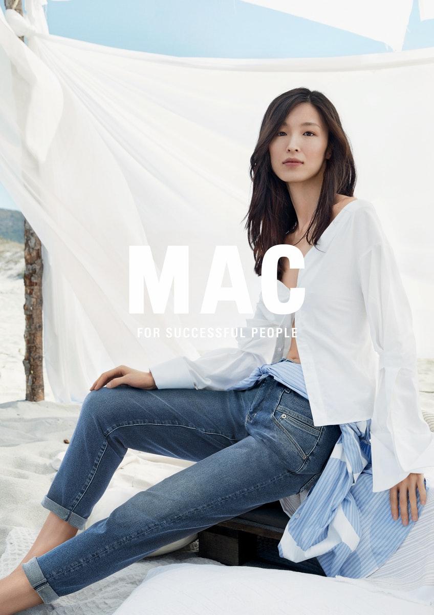 MAC_spring_summer_2021_medium_mac_Kampagne-Bilder_SS21_A4_cmyk_300dpi_mitlogo_f_1