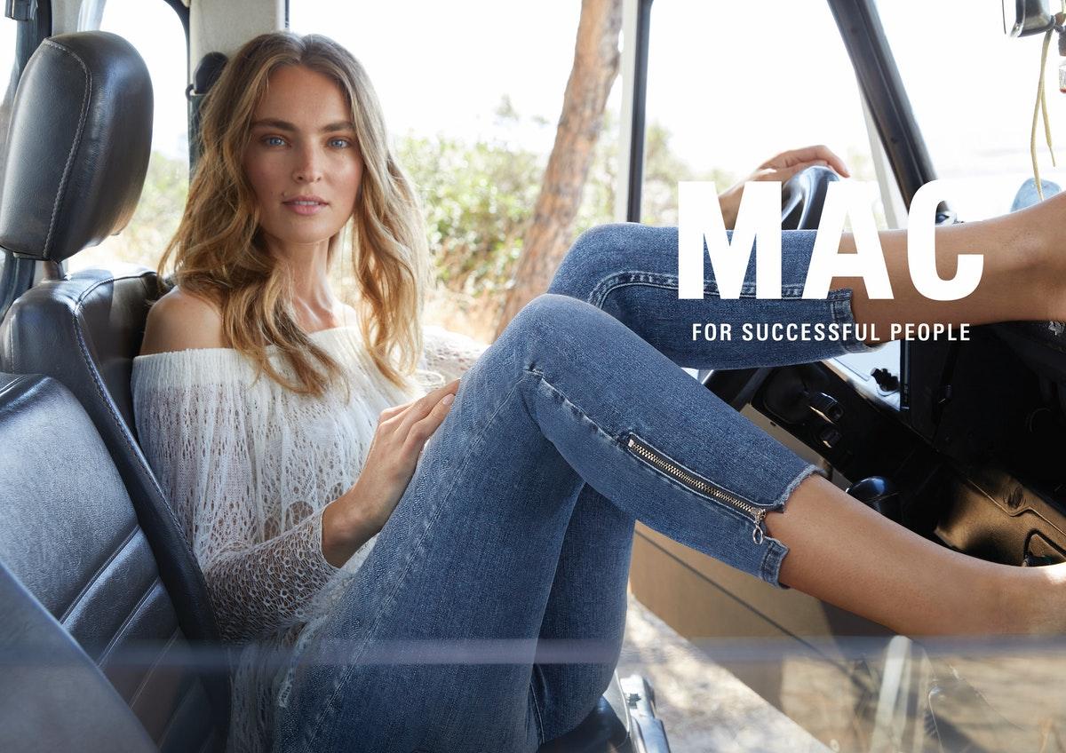 MAC_spring_summer_2021_medium_mac_Kampagne-Bilder_SS21_A4_cmyk_300dpi_mitlogo_f_3